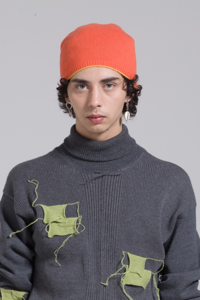 Orange knitted cashmere beanie