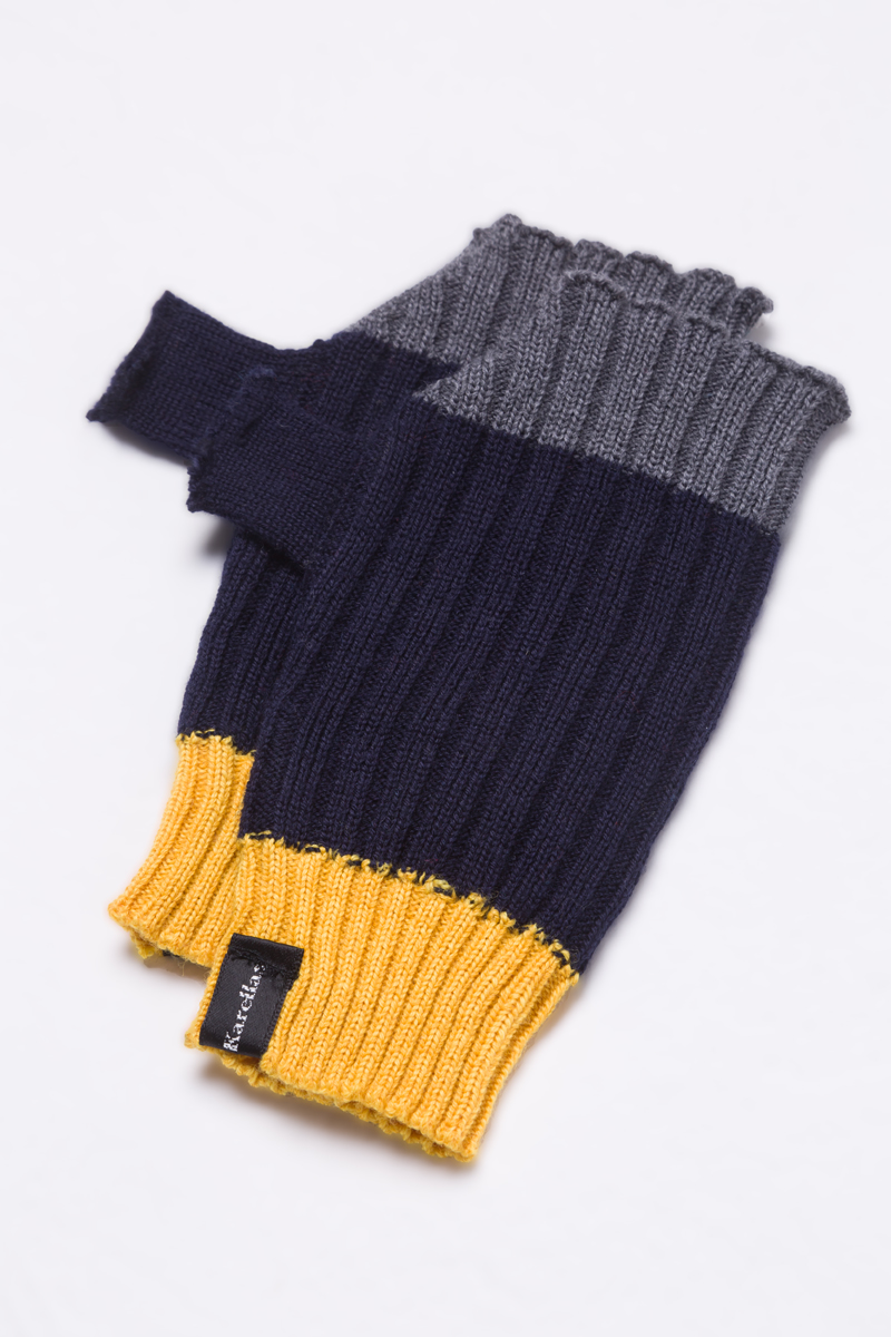 Navy knitted fingerless gloves