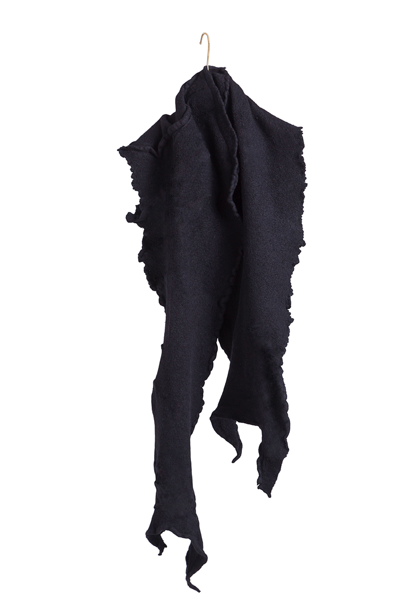 black felt scarf